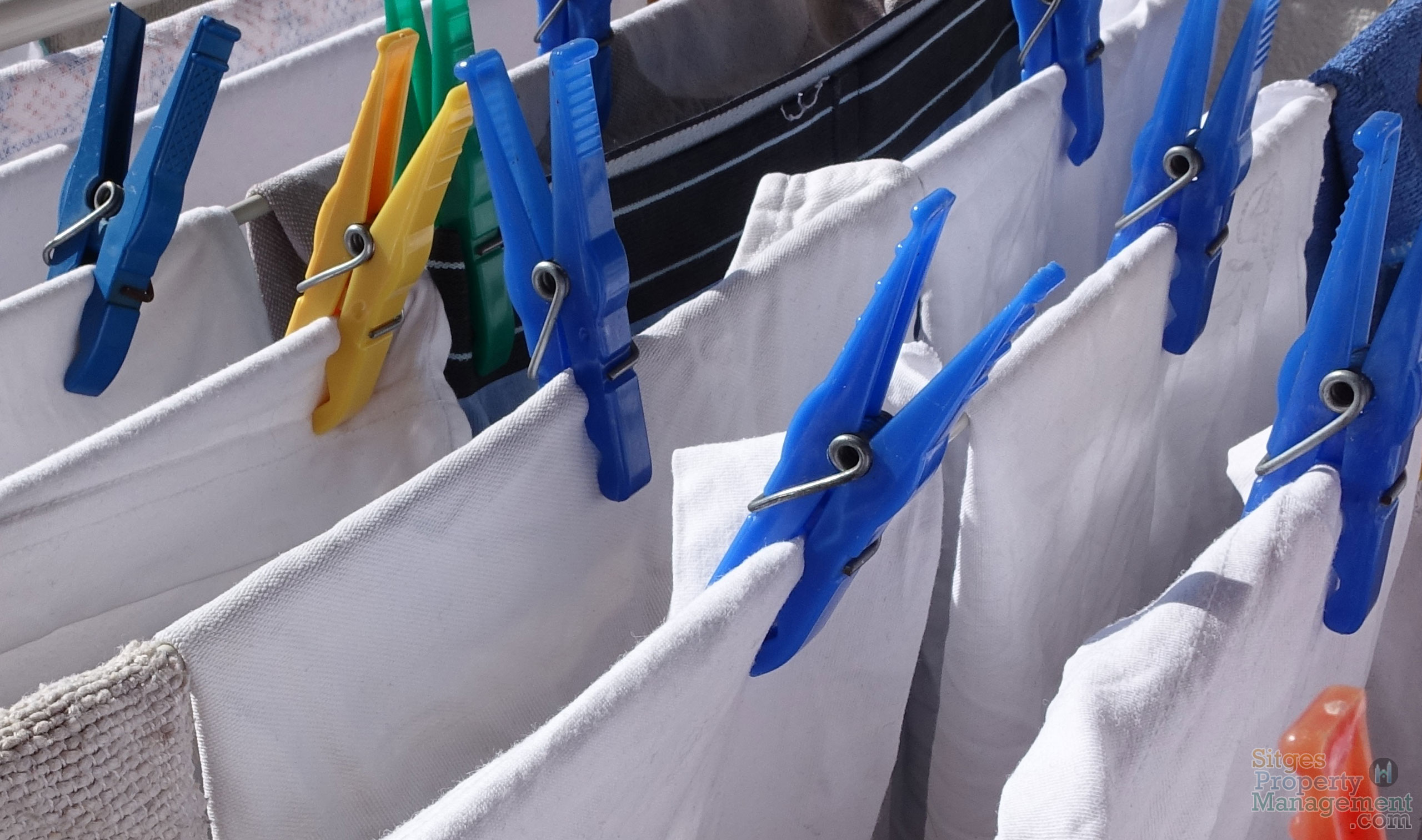 Laundry, Cleaning & Turnaround Service - Sitges